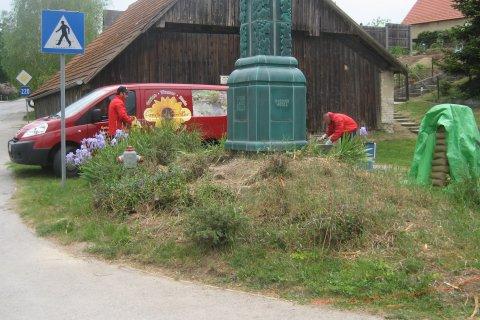 Weinlandsäule in Raggendorf vorher / in Arbeit
