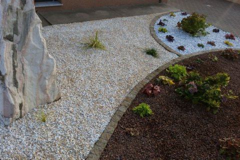Referenz Hansy Dekorative Steine
