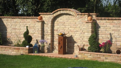 Prächtige Steinmauer