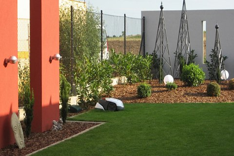 Referenz Sattmann moderner-Wohngarten