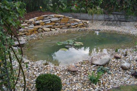Referenz Troll Teich-und-Bachlauf