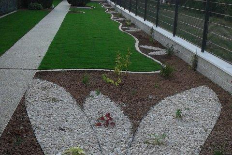 Referenz Walleczek Langer schmaler Garten