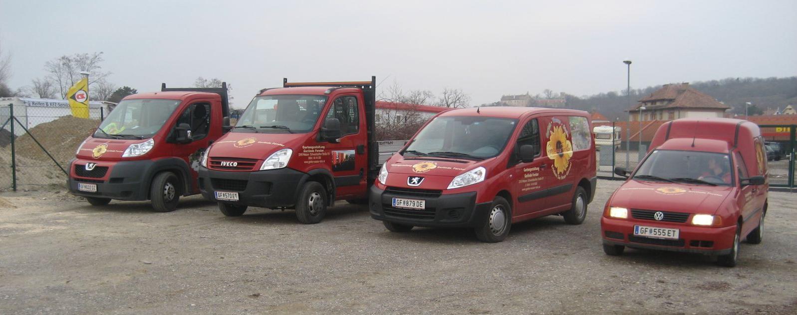 Fahrzeuge bereit für den Einsatz