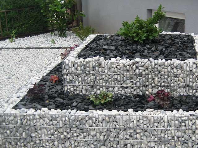 gabionen-vorgarten - garten - wasser - stein, Garten und Bauen